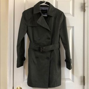 Banana republic trench coat. Period small.